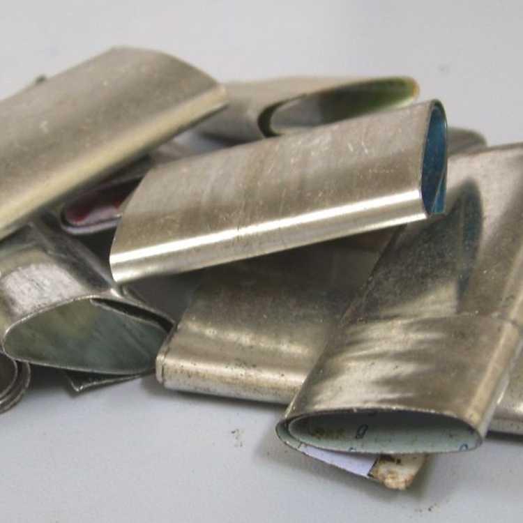 khóa đai sắt vuadongoi sản xuất 1