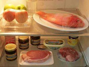 Màng PE bảo quản thực phẩm